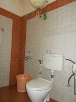 13J1U00139: Bathroom 1