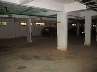 10M5U00229: Parking