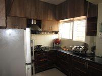 13M5U00032: Kitchen 1