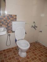 12M5U00264: Bathroom 1