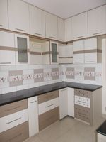 12M5U00264: Kitchen 1