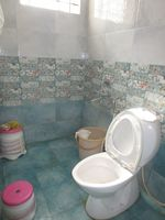 13A4U00201: Bathroom 1