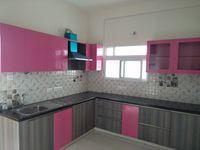 12J7U00345: Kitchen 1