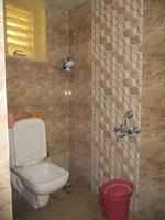 14S9U00001: Bathroom 2