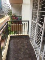 13S9U00376: Balcony 4
