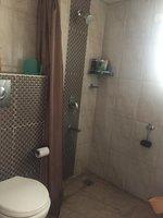 13S9U00376: Bathroom 1