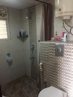 13S9U00376: Bathroom 3