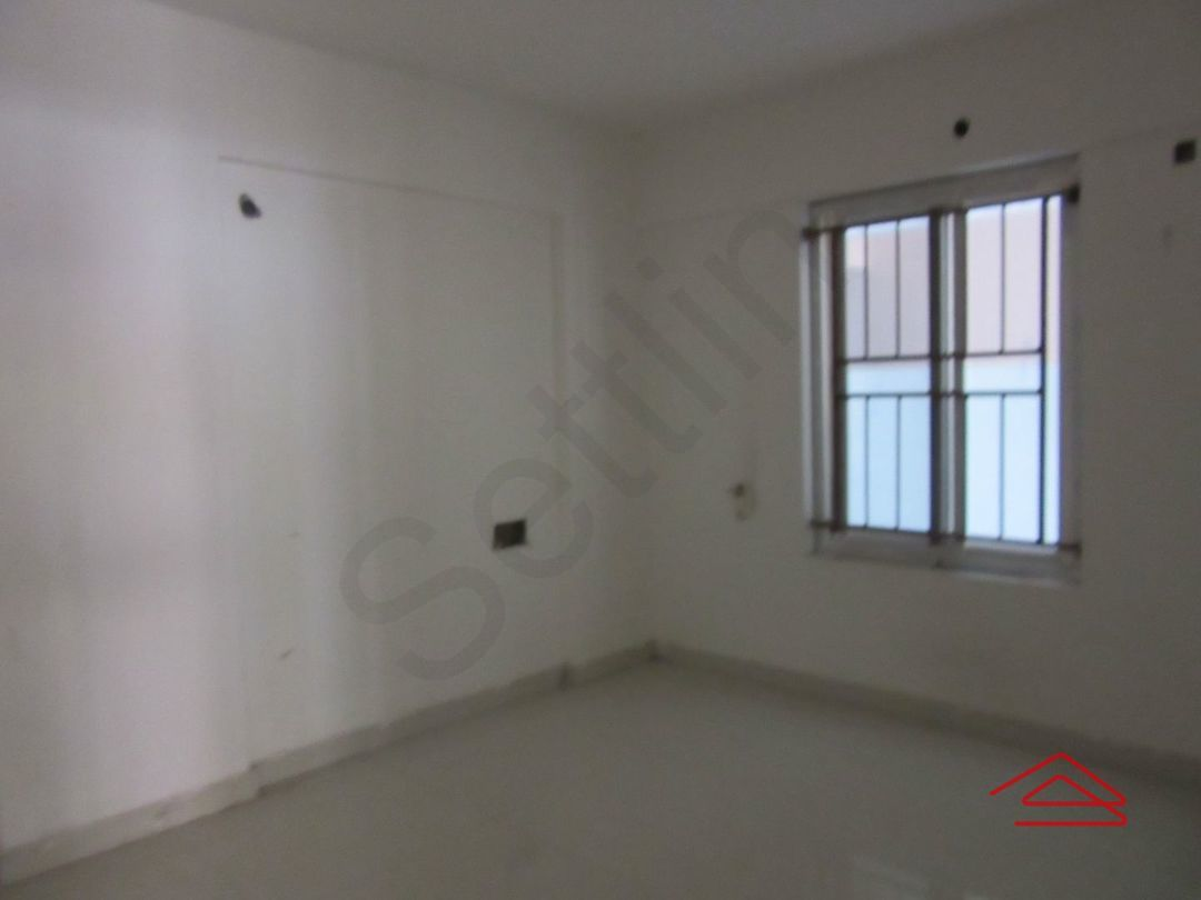 13J7U00157: Bedroom 1