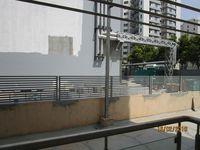13F2U00051: Balcony 2