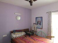 13F2U00051: Bedroom 2