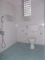 12OAU00180: Bathroom 2