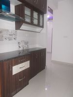 12OAU00180: Kitchen 1