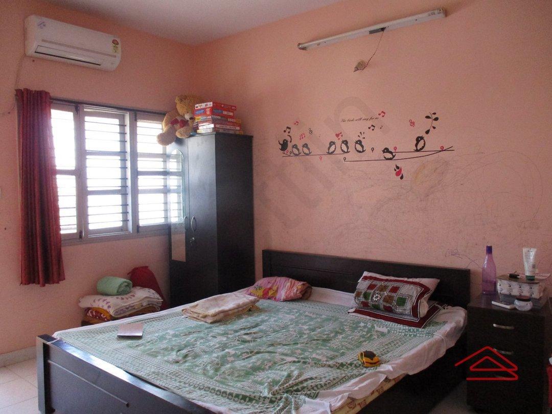 14M3U00115: Bedroom 1