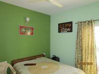13F2U00307: Bedroom 2