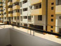 12A4U00170: Balcony 1