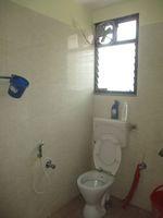 12A4U00170: Bathroom 2