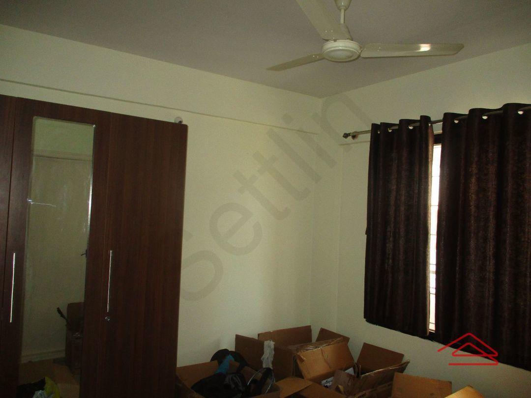 12A4U00170: Bedroom 1