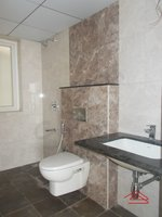 13M5U00404: Bathroom 1