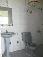 15F2U00192: Bathroom 2