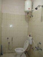 15A8U00174: Bathroom 1