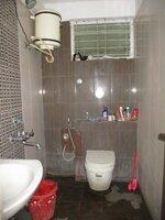 12A8U00135: Bathroom 2