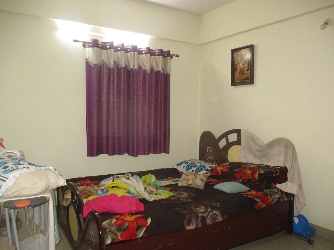 11J6U00227: Bedroom 1