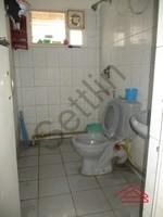 11J1U00145: Bathroom 2