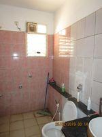 13F2U00529: Bathroom 2