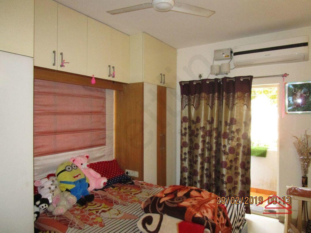 13F2U00529: Bedroom 1