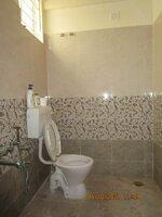 15S9U00808: Bathroom 2