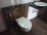 15M3U00169: Bathroom 1