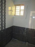 13A4U00178: Bathroom 2