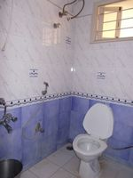 11OAU00188: Bathroom 1