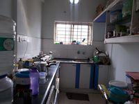 12OAU00217: Kitchen 1