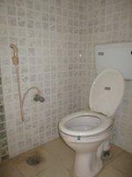 14F2U00503: Bathroom 1
