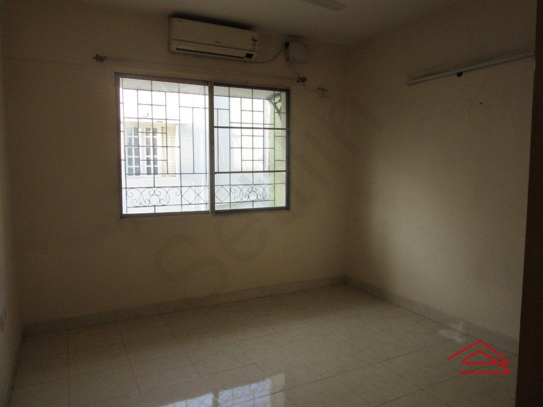 13J6U00352: Bedroom 1