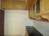 13J6U00352: Kitchen 1