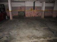 13J6U00352: parking 1