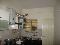 10J7U00009: Kitchen