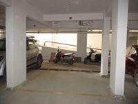 10J7U00009: parking