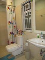 14J1U00146: Bathroom 2