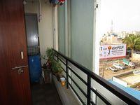 13M5U00114: Balcony 1