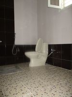 10M5U00054: Bathroom 4
