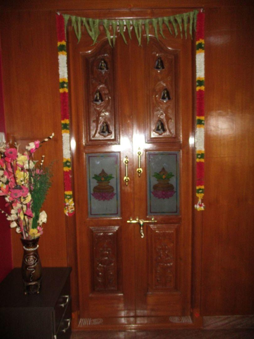 10M5U00054: Pooja Room