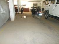 13J1U00117: parking 1
