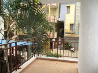 10M5U00208: Balcony