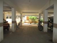 11J6U00039: parking