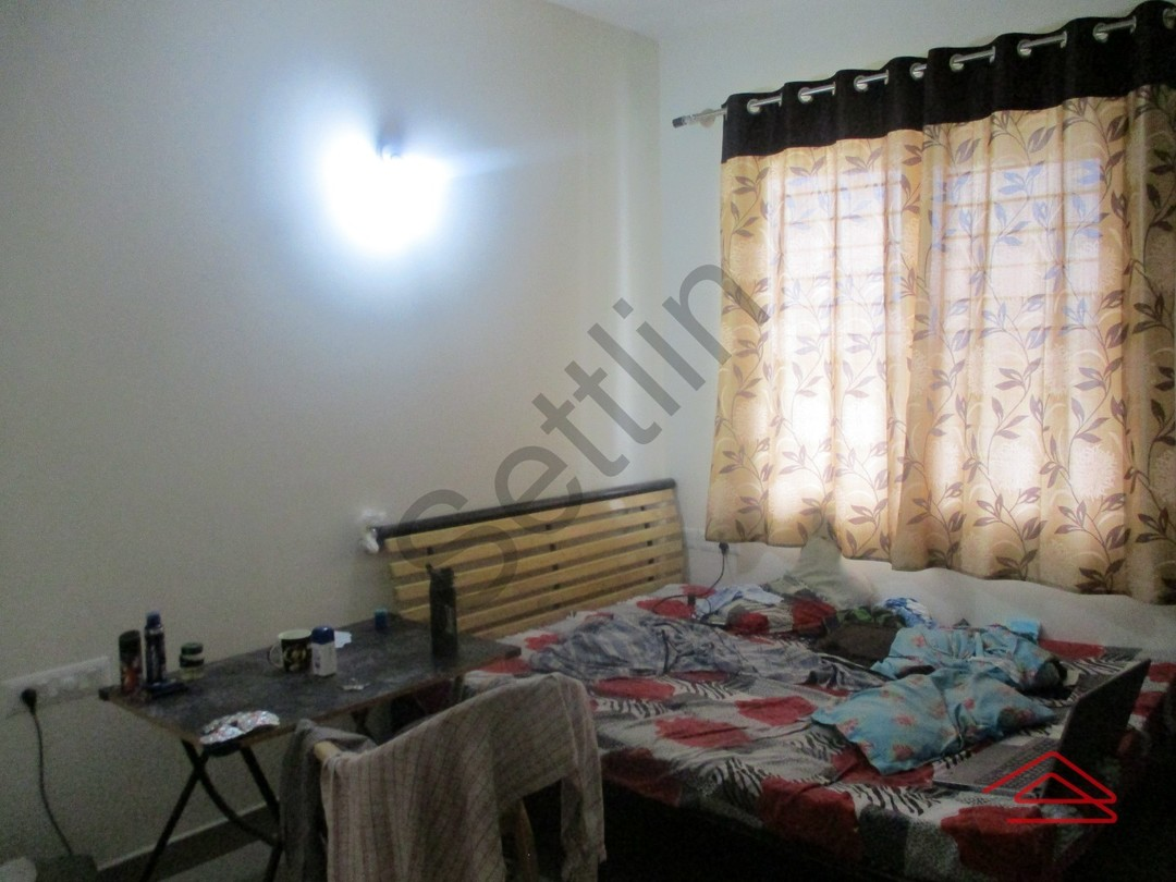 10A8U00408: Bedroom 1