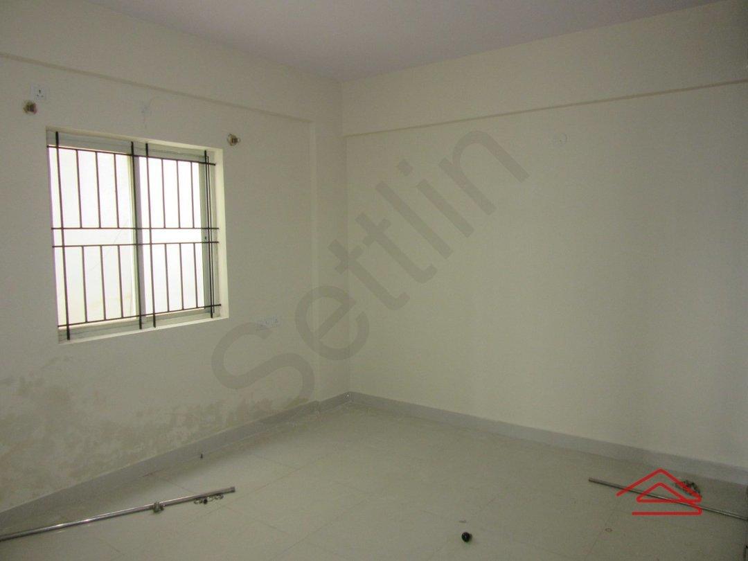 13OAU00283: Bedroom 1