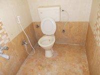 13A8U00027: Bathroom 2